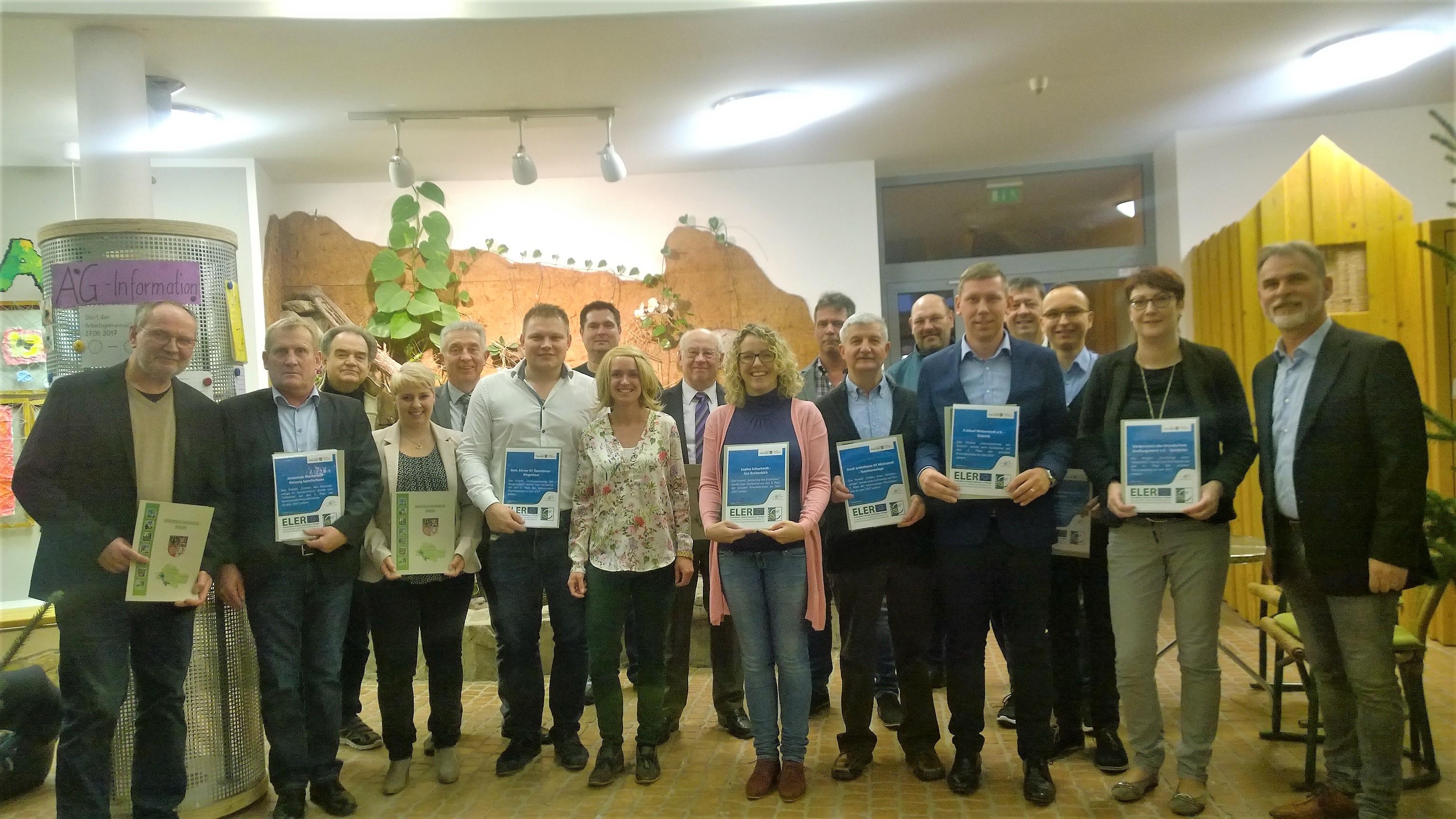 Antragsteller mit Urkunden 2017