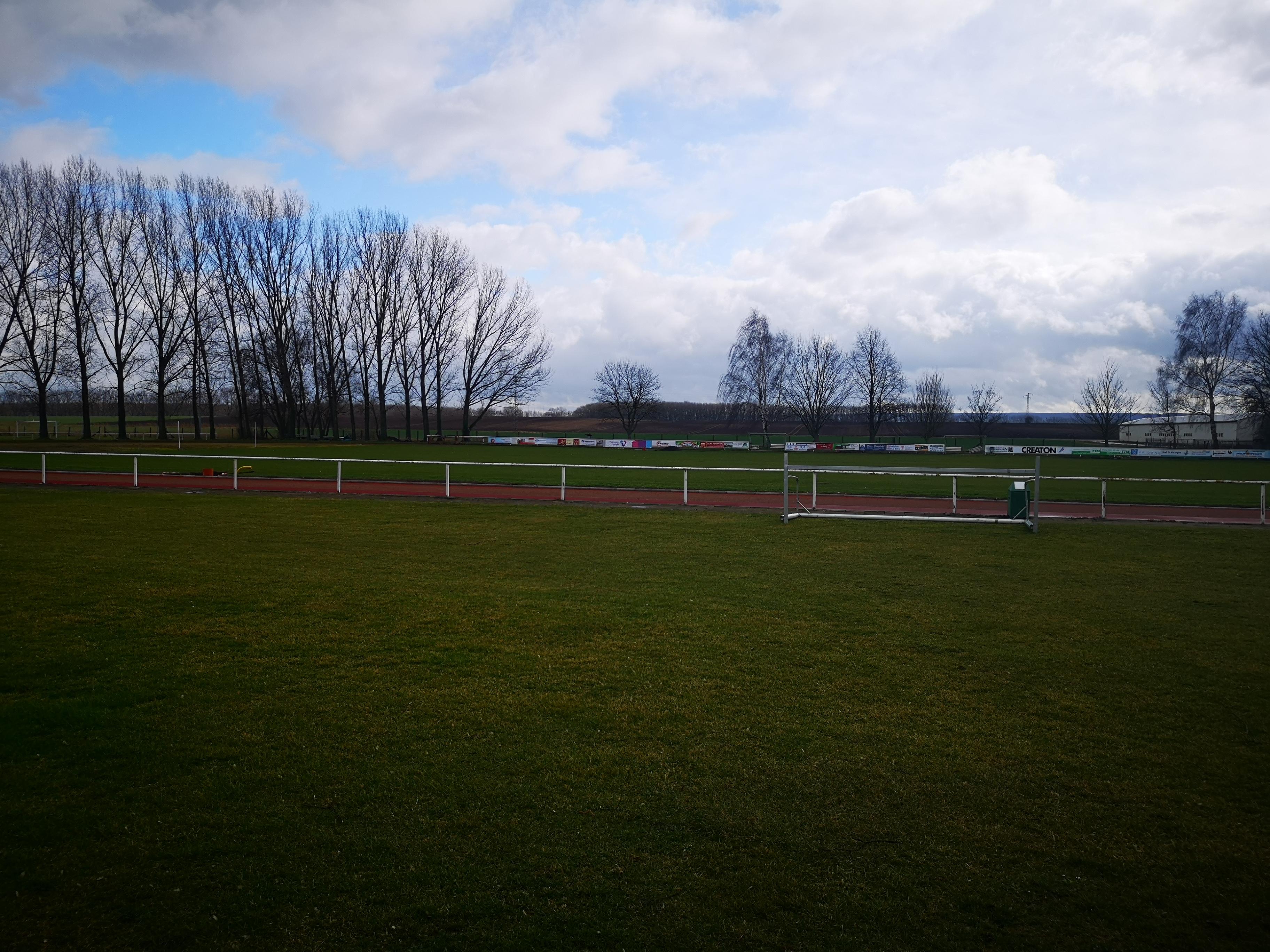 Sportplatz vorher